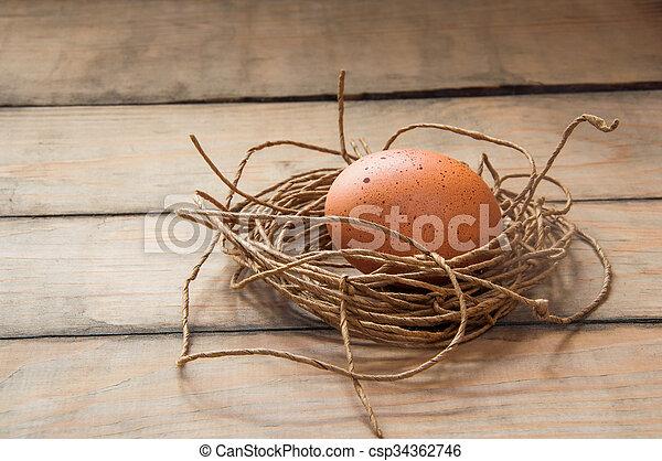 Eier in einem Nest. - csp34362746