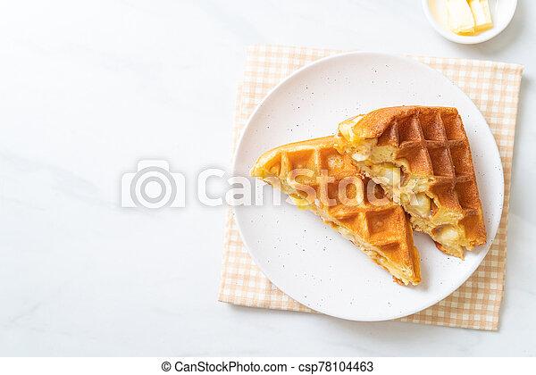 eiercreme, creme, waffel - csp78104463