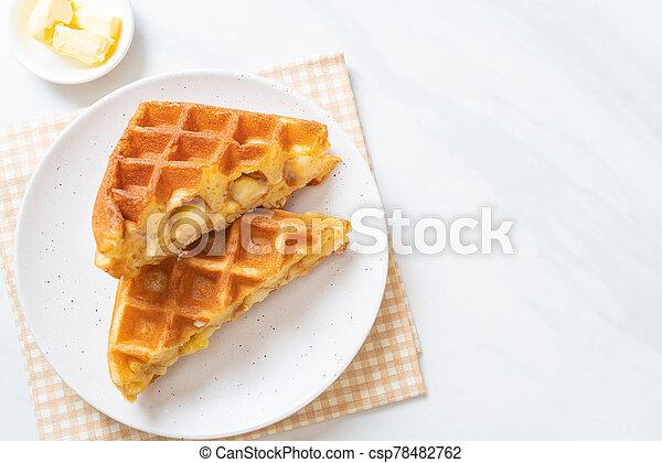 eiercreme, creme, waffel - csp78482762