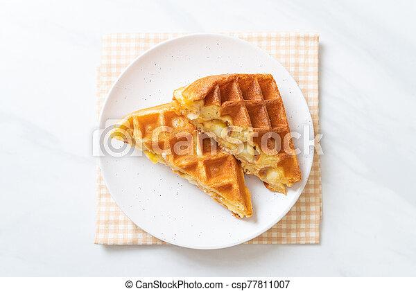 eiercreme, creme, waffel - csp77811007