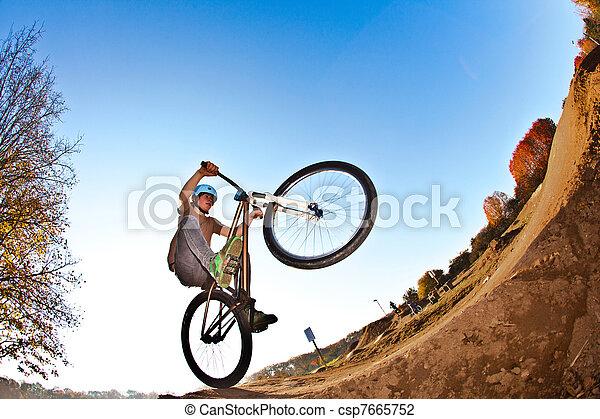 fahrrad, gehen, junge, zerstreut, seine - csp7665752