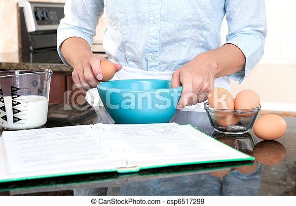 Frauen kochen - csp6517299