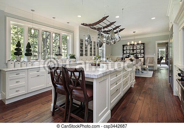 Küche mit weißer Granitinsel - csp3442687