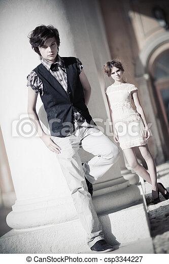 Junge Paar Mode - csp3344227