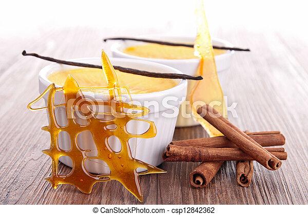 nachtisch, karamell, creme - csp12842362