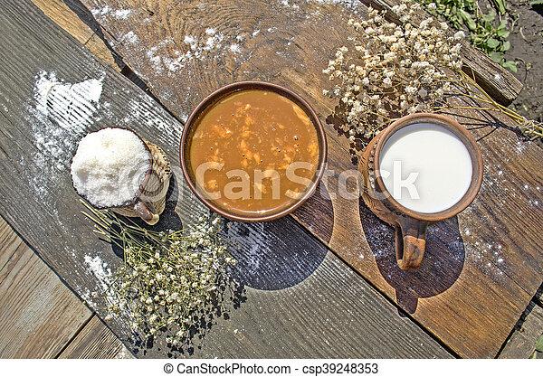 Caramel Sahne Dessert - csp39248353