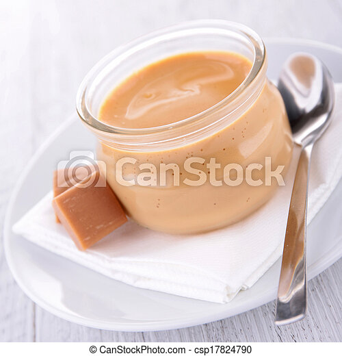 Caramel Sahne Dessert - csp17824790