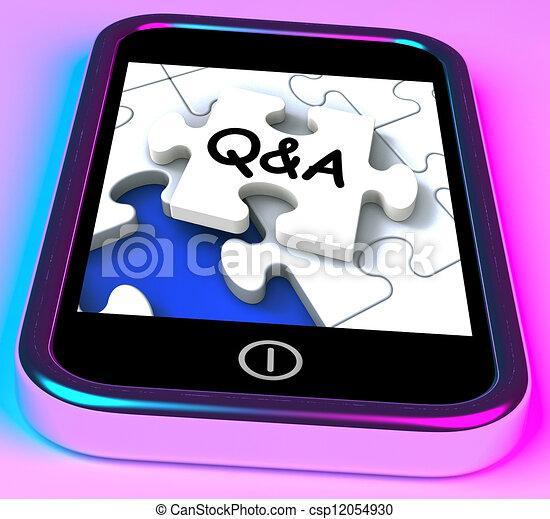 Q&A auf Smartphone zeigt Fragen. - csp12054930