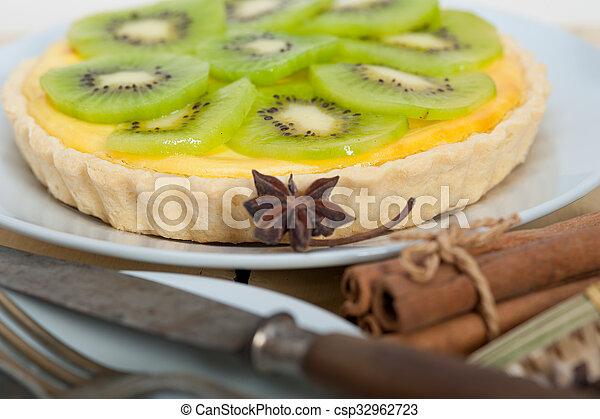 torte, kiwi, torte, gewürz - csp32962723