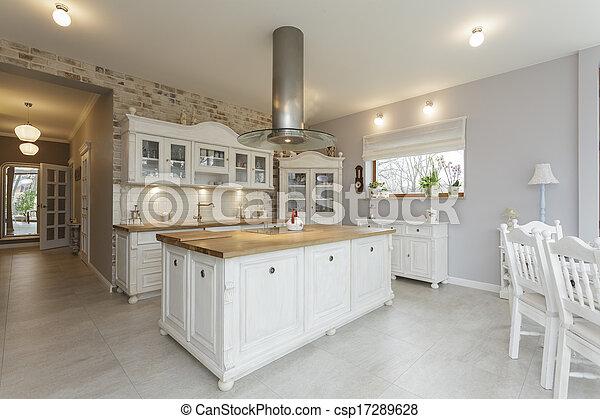 Toskana - Küchentisch. - csp17289628